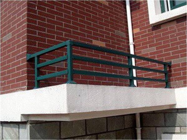 厂家直供锌钢护栏百叶窗