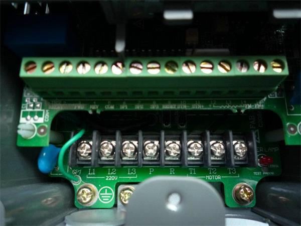 上海台安变频器维修