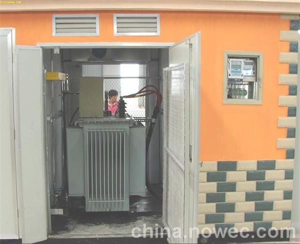 嘉兴箱式变电站回收淘汰配电柜设备回收拆除图片