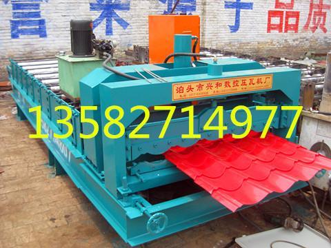 压瓦机彩钢设备兴和现货供应