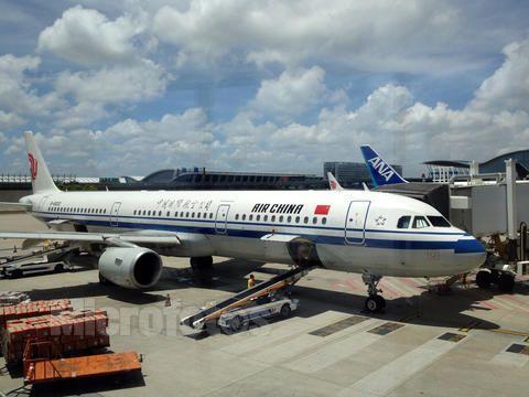 浦东机场客带货海关扣货怎么办? 找上海瑞亨