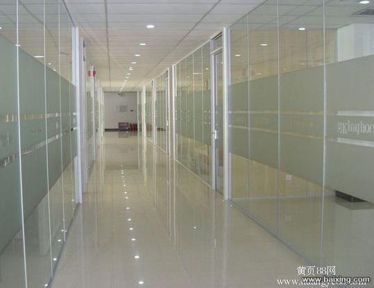 北京大兴区安装玻璃隔断亦庄安装玻璃墙高清图片