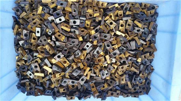 观澜回收二手钨钢 废钨钢刀粒回收