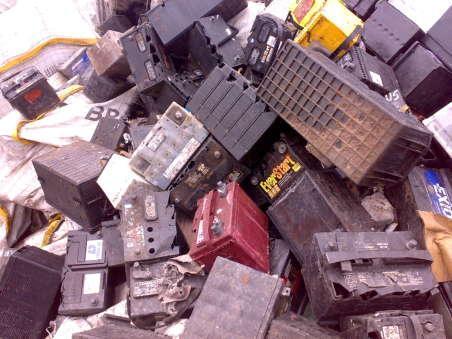 废旧蓄电池回收价格_废旧电瓶回收什么价格图片仓库积压UPS电池