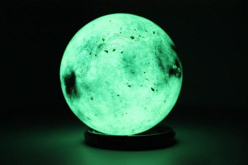 六方晶体陨石夜明珠_六方晶体钻石夜明珠上海最早运作交易公司名字