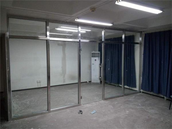 东城区安装玻璃隔断 卫生间玻璃隔断定做隔断