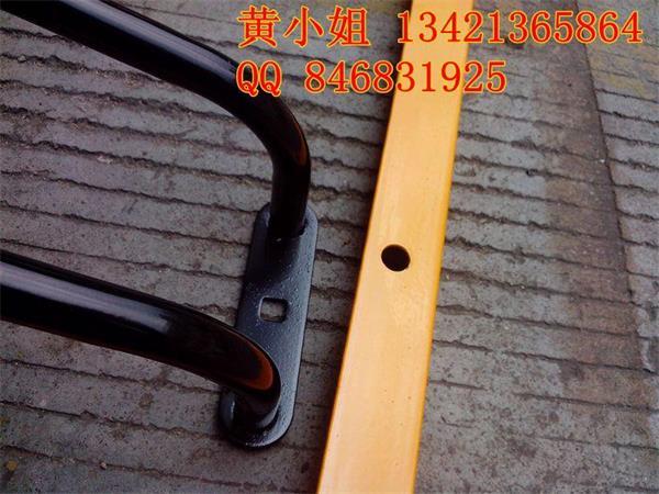 自行车停车架又叫非机动车停车架多少钱一套高清图片