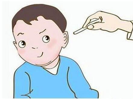 幼儿保护耳朵的图片卡通