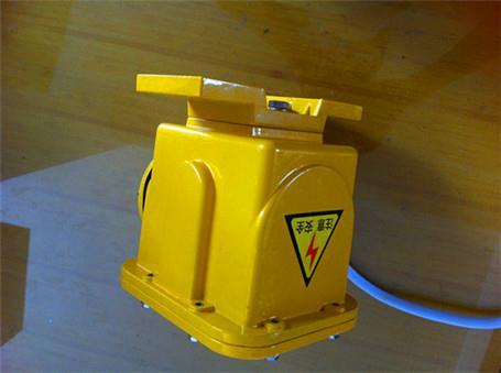 撕裂开关DB-100L-EX-PL50皮带撕裂检测装置厂家