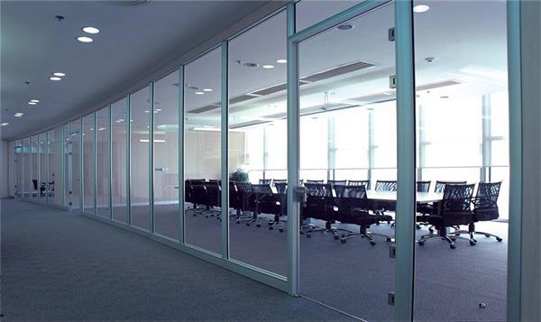 和平区玻璃门安装天津安装别墅玻璃隔断结构稳固