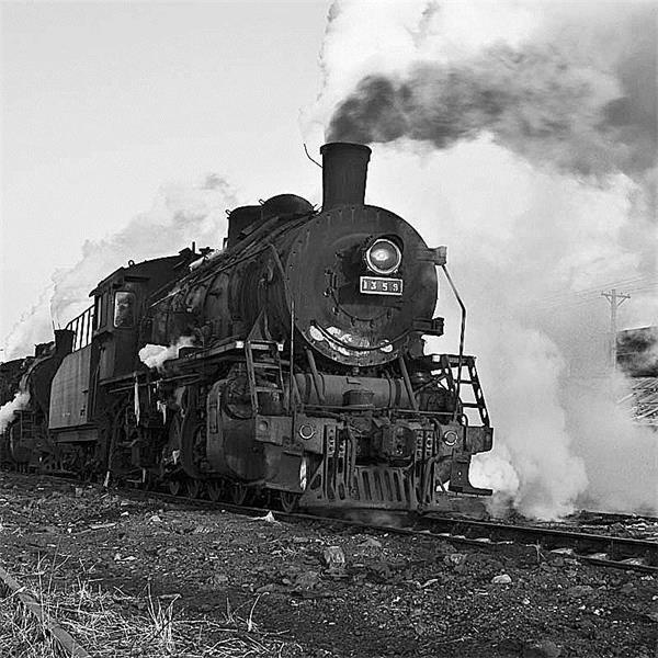 火车头回收公司回收蒸汽机车,火车厢,报废火车头,二手火车头,我们是