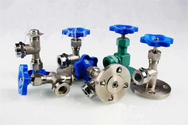x49w 液位计考克阀门,主要用于液位计的控制管道中应用,大石化工程图片