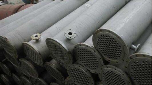 供应二手列管不锈钢冷凝器