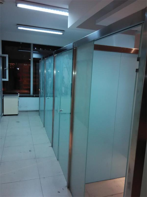 通州区安装玻璃隔断 安装磨砂玻璃隔断