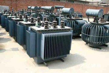 机床变压器回收,欧式箱式变压器,美式箱式变压器 ,箱式变电站回收服务图片