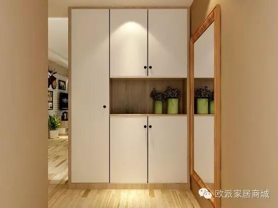 """由于户型关系,进门就是一个""""过道"""",可以在这个地方设置双玄关柜,将图片"""