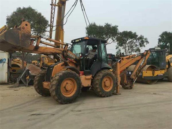 工程结束,二手case凯斯两头忙装载机挖掘机