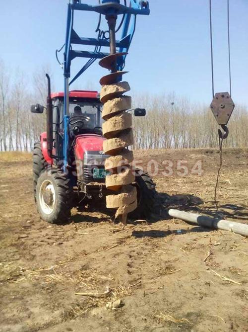 超高压液压泵与拖拉机输出轴连接,为整个液压系统提供动力,包括液压图片