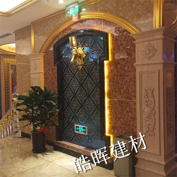 其中产品包括石塑uv板,集成墙板,仿大理石电梯门套,电梯垭口线,石塑