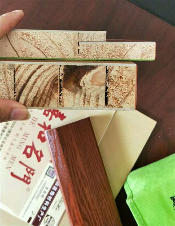 新型环保材料竹纤维竹木门受广大经销商纷纷上样