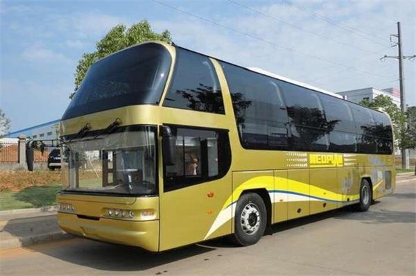 在义乌到盘县大巴车多少钱《15258847890在哪坐》多久到