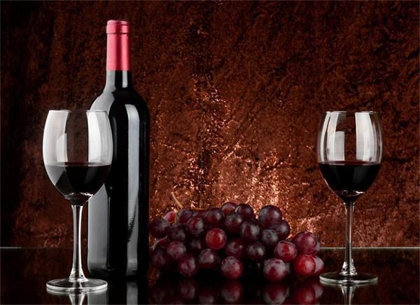 蓉蓉小:红葡萄酒的酿造