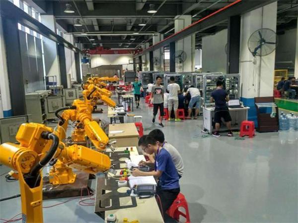 解读工业机器人应用7个大误区