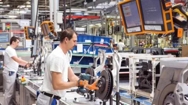 探访德国工业4.0的大众样本 3万台机器人秒速造车