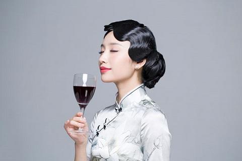 东方紫酒让你拥有健康美丽的人生