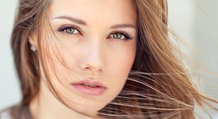 不然为什么会有那么多可爱的妹子去做双眼皮呢,做双眼皮的理由千千万