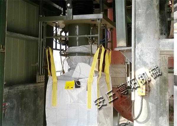 石粉吨袋包装机|山东博阳吨包机低价出售
